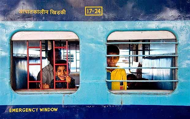 train-india-alalmy_1996202b