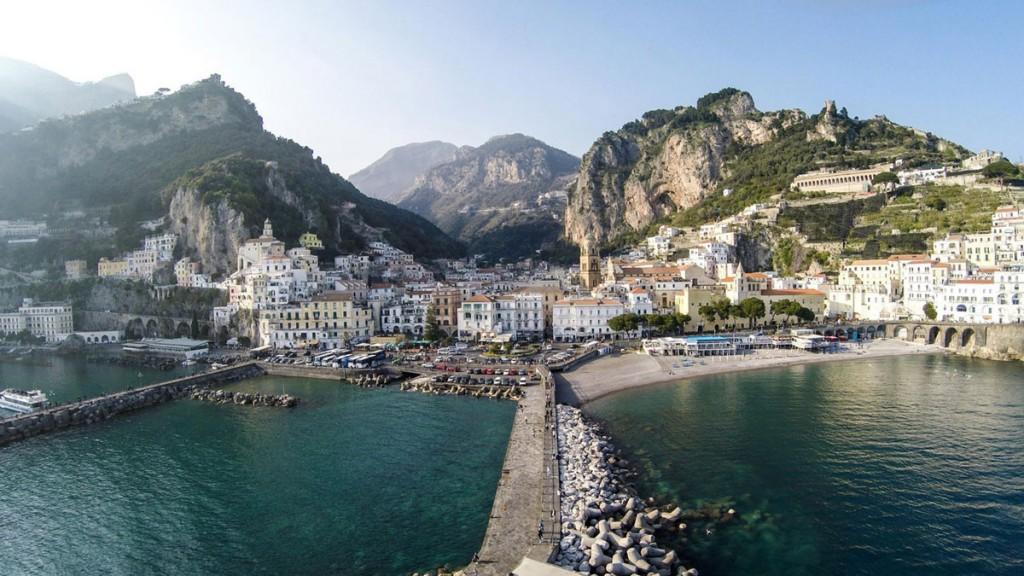Amalfi-bay-Italia-by-iRus-doorbin-info